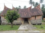 Batak house again. It is meant to be sloping into the middle like a boat!