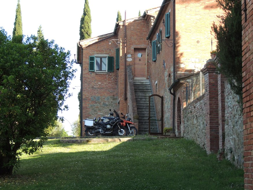 We stayed here. it was in Italy, near Siena